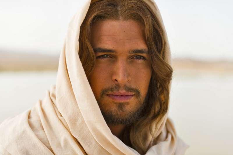 【上帝之子】全台預售票突破5百萬 葡萄牙男星帥氣挺拔  被譽為影史最帥耶穌